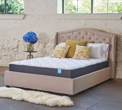 "10"" Medium Quilted Gel Foam Mattress"